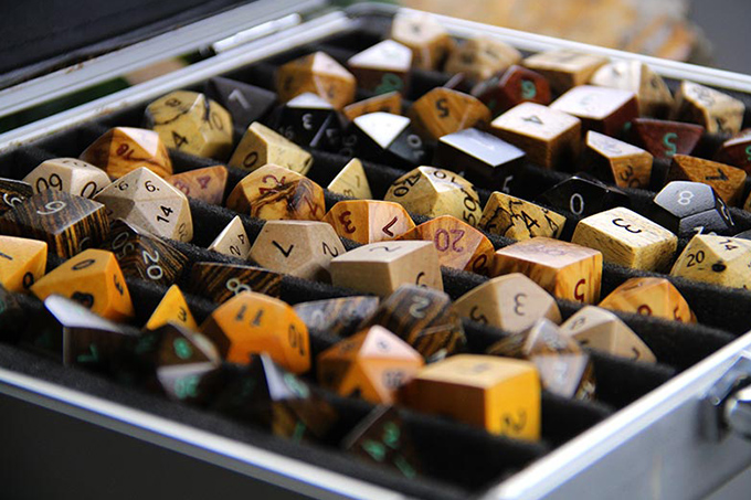 Artifact Dice - The Jewelry of Gaming