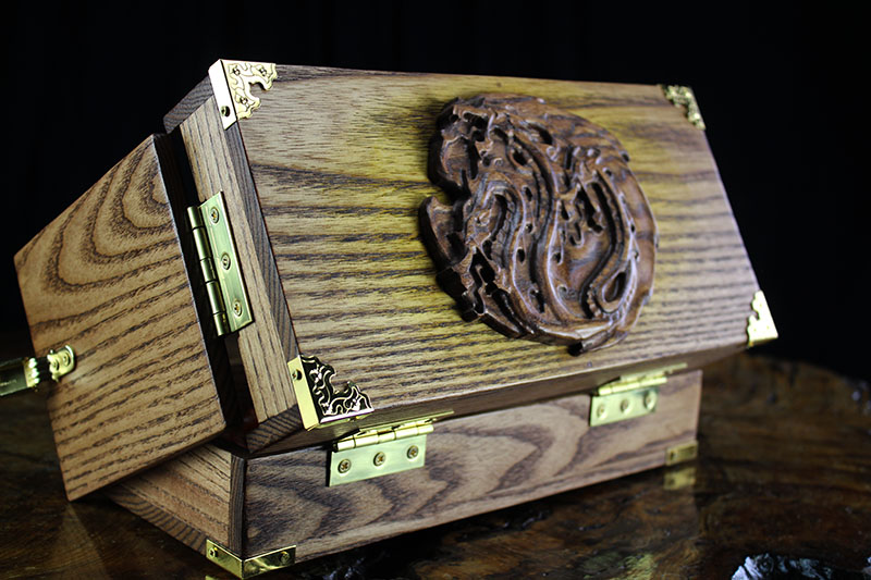 Early American Hydra Adventure Case