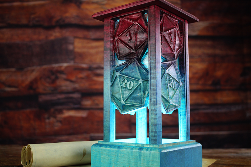 Selectively Stained D20s Lantern